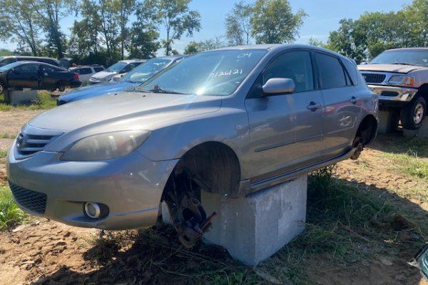 04 Mazda 3