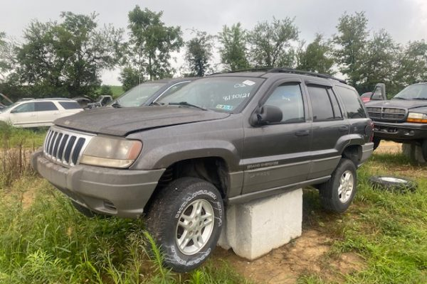 02 Grand Cherokee